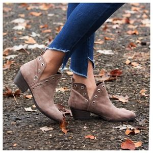 Angelique's Atelier Shoes - Catt Suede Bootie